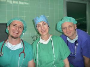 v.l.n.r. Dr. Andreas Lampart, Valerie Kühl und Dr. Axel Gils