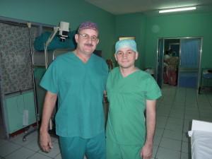 Dr. Gustavo Herdócia (Plastischer Chirurg in León) und Dr. Philipp Honigmann