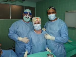 Prof. Dr. Robert Sader, Nicole Haldimann und Dr. Emilio Rugama (Plastischer Chirurg)